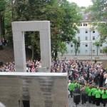 Pomnik zaprojektował prof. Aleksander Śliwa